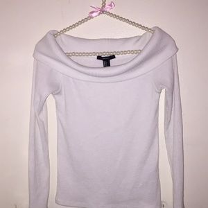 Cute white sweater F21